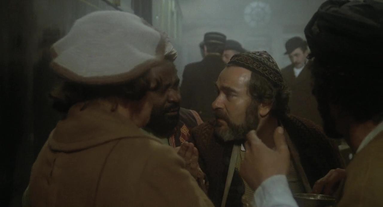 Crimen En El Expreso De Oriente 720p Cas-Ing 2.0 (1974)