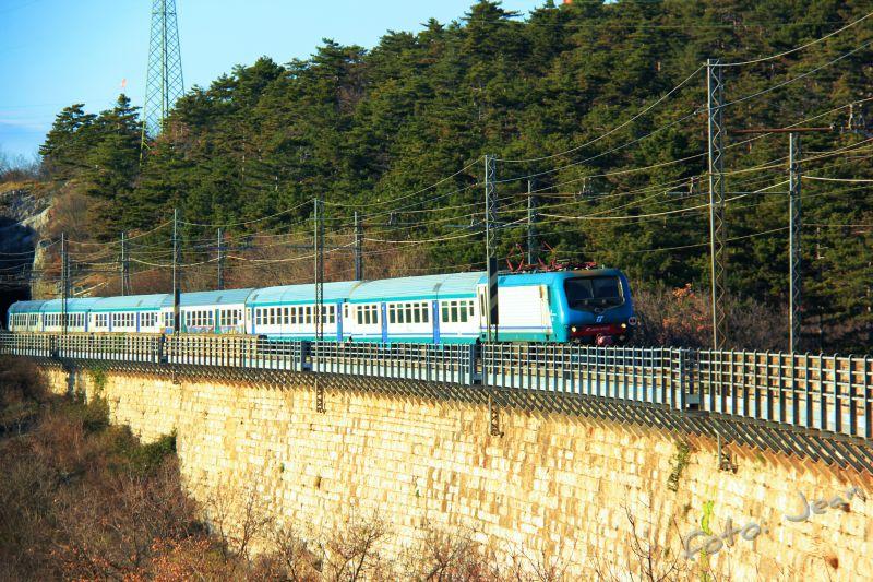 Talijanske željeznice - Rete Ferroviaria Italiana (Trenitalia, Trenord, Ferrovie Emiliane-Romagne,.....) - Page 6 Np3jWbYC_o