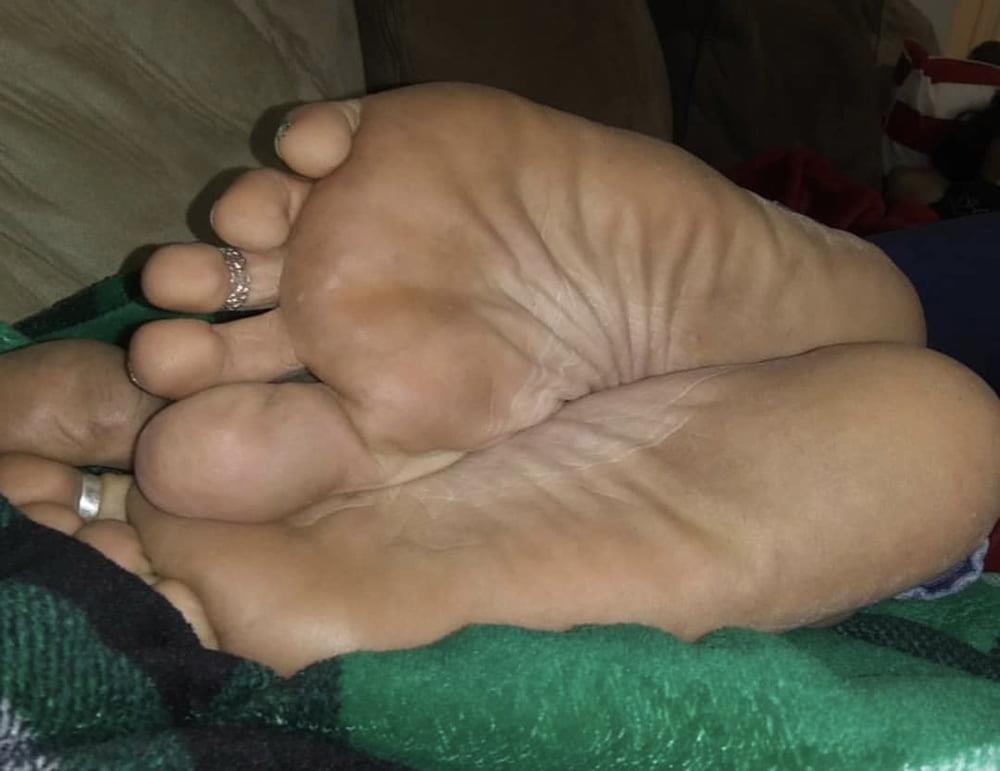 Milf toes porn-2615
