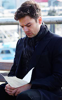 Sebastian Stan CLLsyJdE_o
