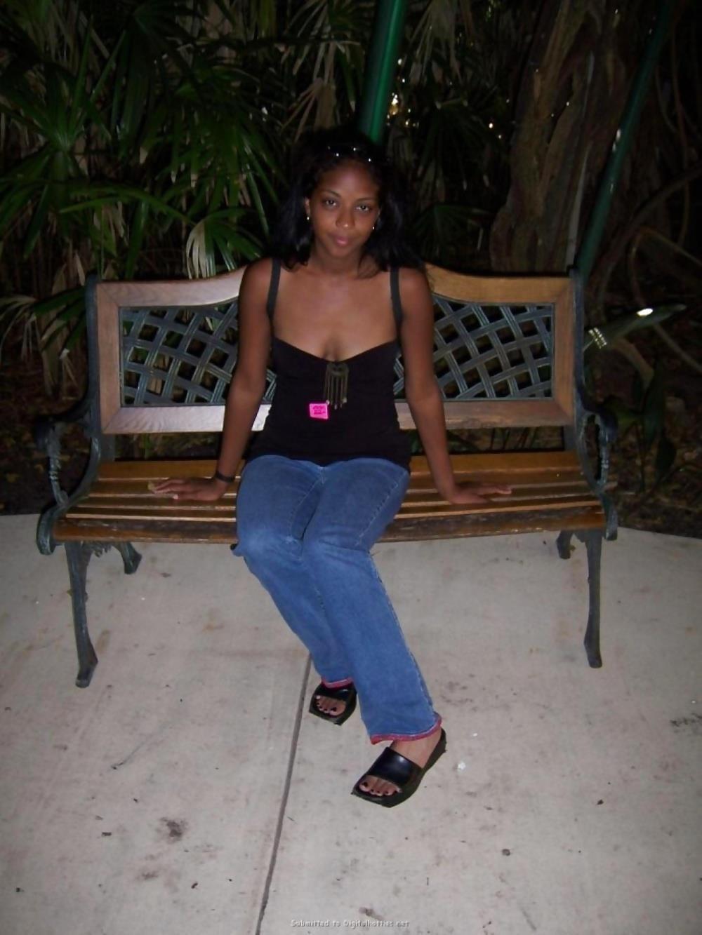 Gorgeous black teen sex-3885