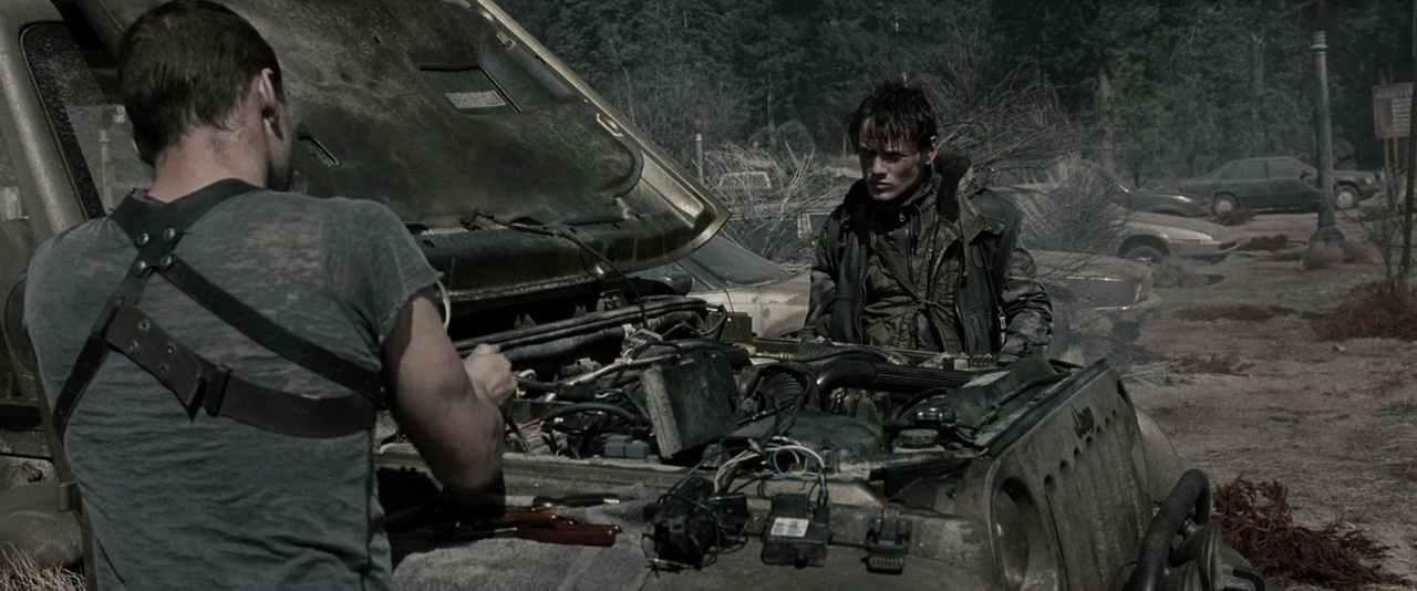 El Exterminador 4 La Salvacion 720p Lat-Cast-Ing 5.1 (2009)