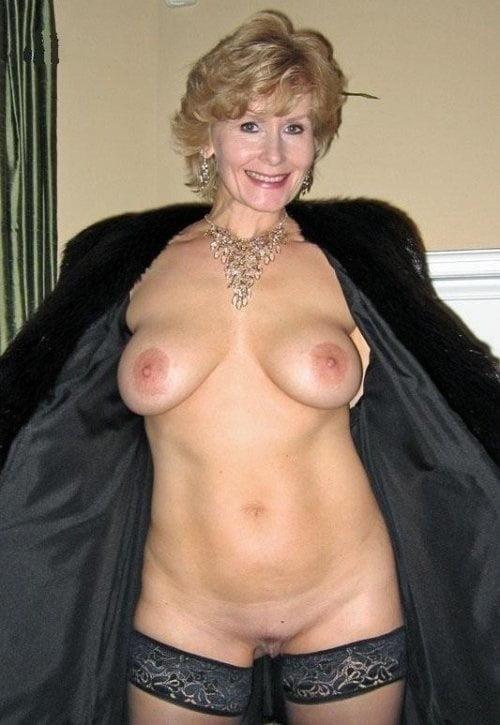 Mature women boobs pics-9077