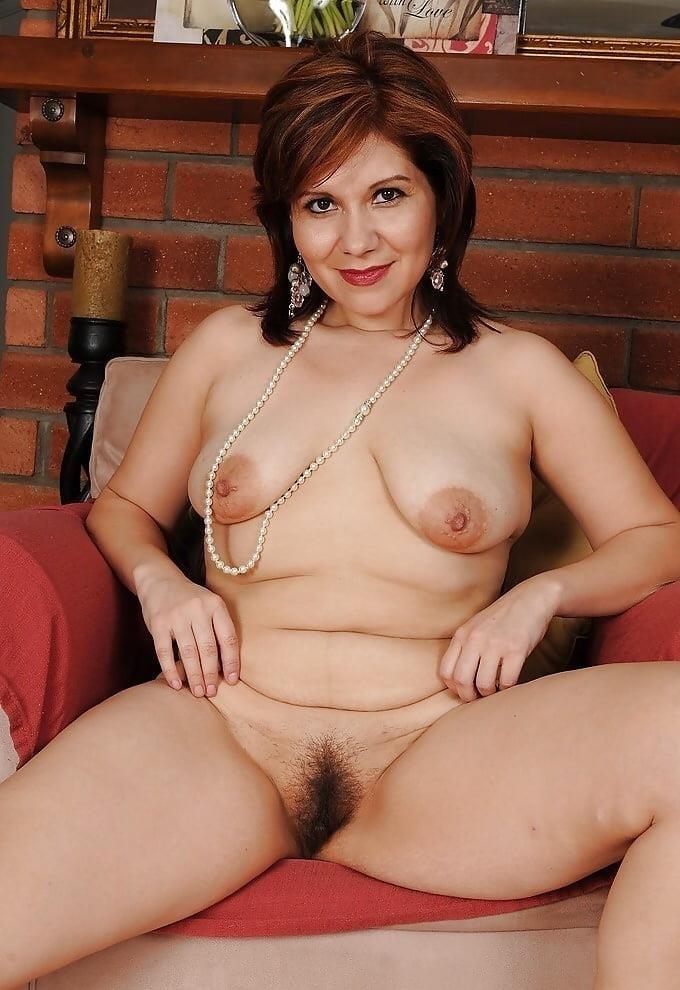 Mature beauty nude pics-7262