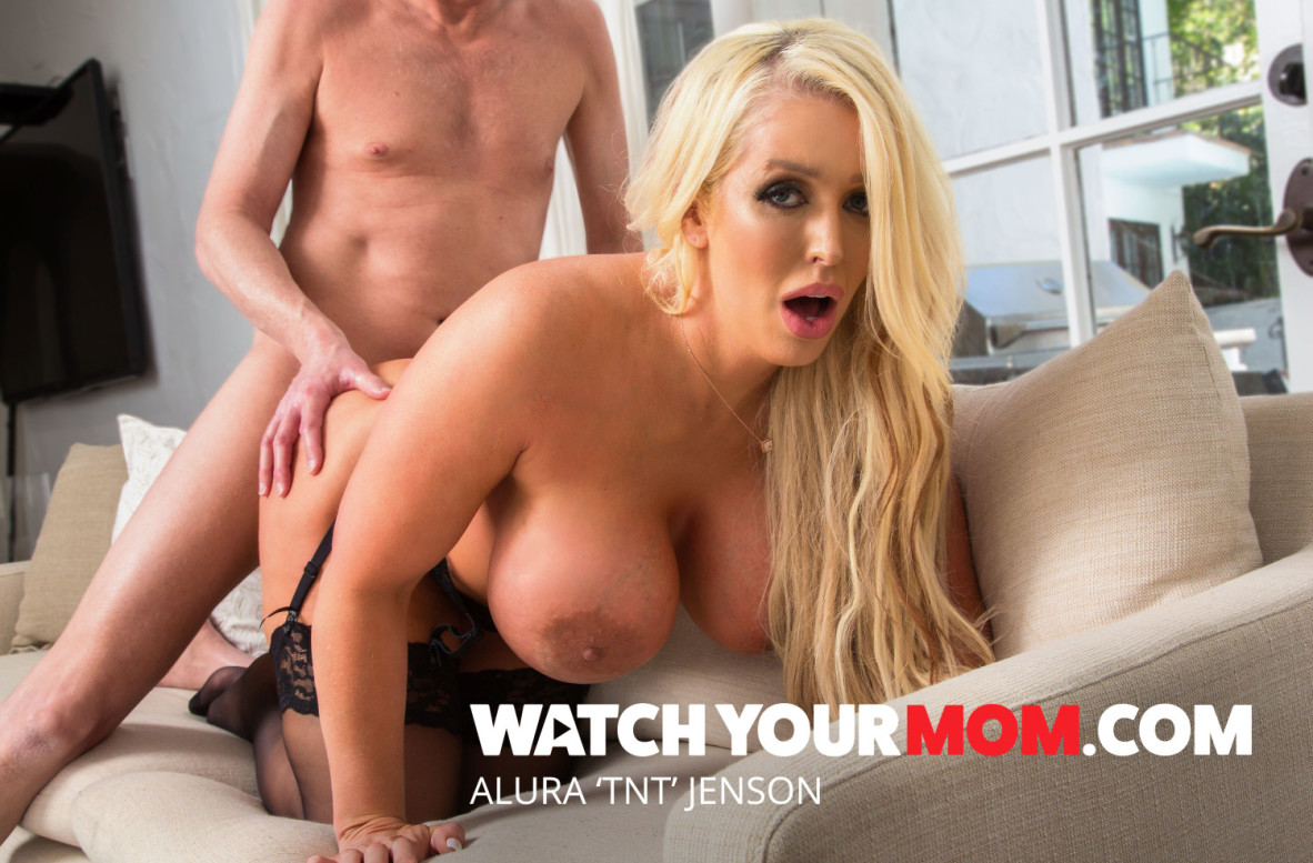 Alura TNT Jenson, Mark Wood – Watch Your Mom – Naughty America [HD]
