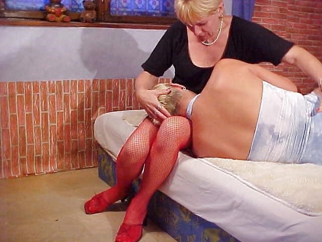 Lesbian mature foot-6054