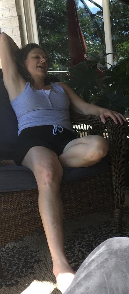 Sexy stepmom feet-8918