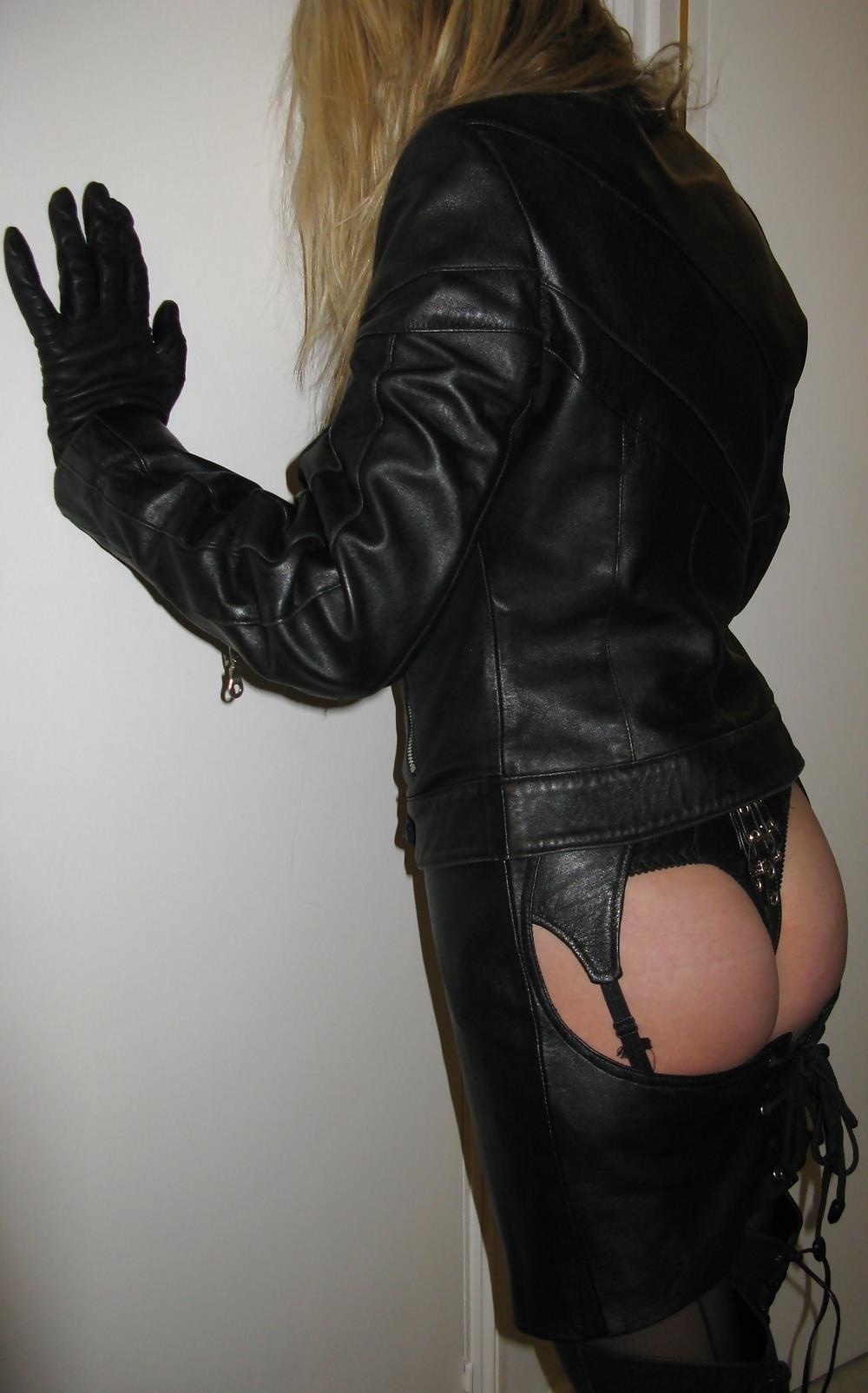 Leather girl bdsm-7681