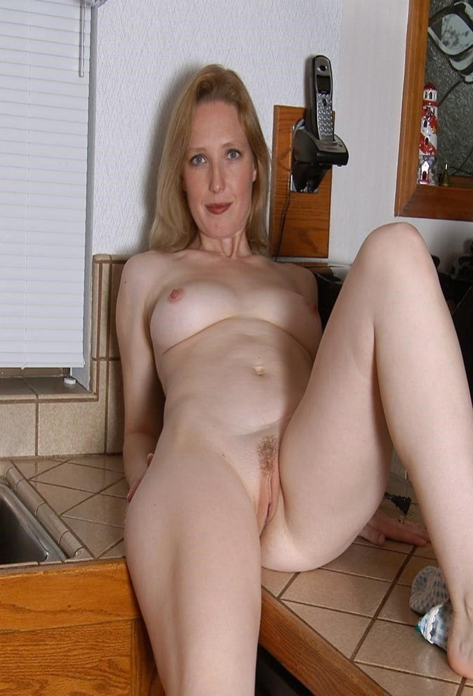Hot blond mature porn-1418