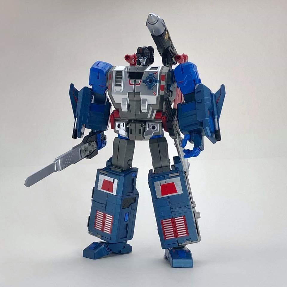[FansHobby] Produit Tiers - MB-06 Power Baser (aka Powermaster Optimus) + MB-11 God Armour (aka Godbomber) - TF Masterforce - Page 4 QqFM2h8H_o