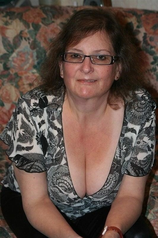 Busty granny porn pics-5486