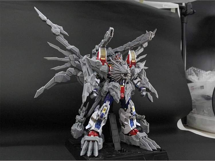 [Flame Toys] Figurines Drift, Optimus, Tarn, Star Saber, etc (non transformable - autorisé par Hasbro) - Page 7 CQROC6wV_o