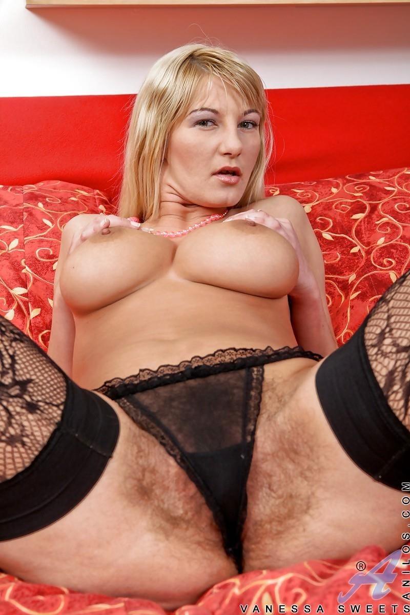 Skinny blonde porn hd-5370
