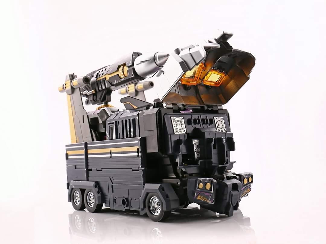 [FansHobby] Produit Tiers - MB-06 Power Baser (aka Powermaster Optimus) + MB-11 God Armour (aka Godbomber) - TF Masterforce - Page 4 7VvqHJvz_o