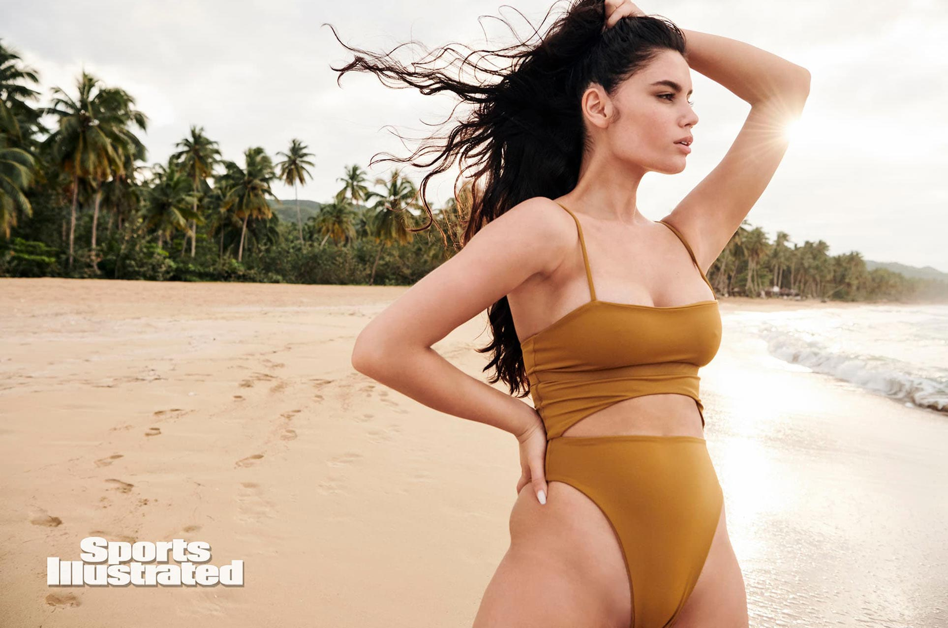 Энн де Паула в каталоге купальников Sports Illustrated Swimsuit 2020 / фото 16
