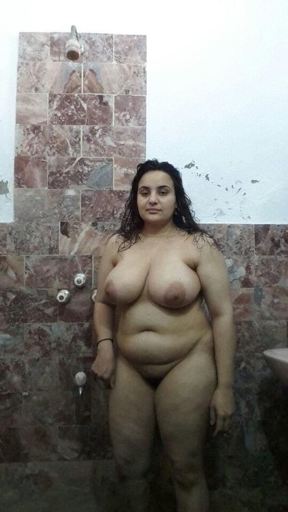 Big boobs lady pic-3059