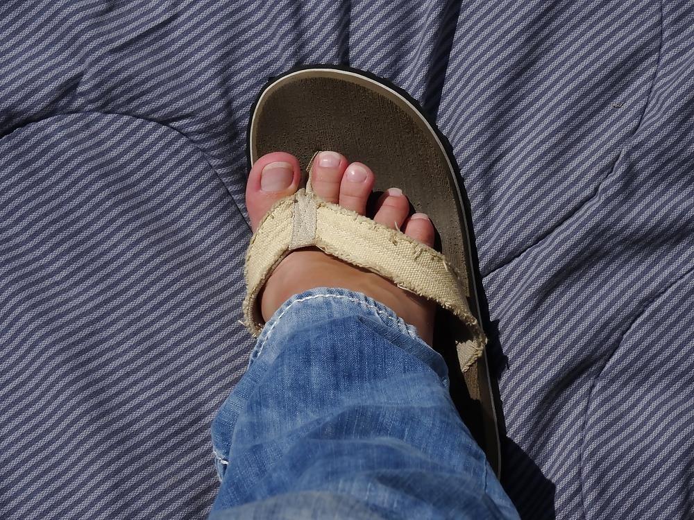 Sniffing feet fetish-9558