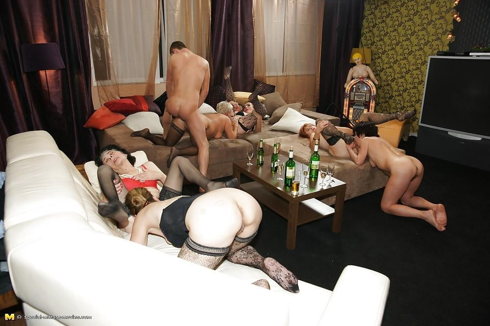 Group sex with mom-1621