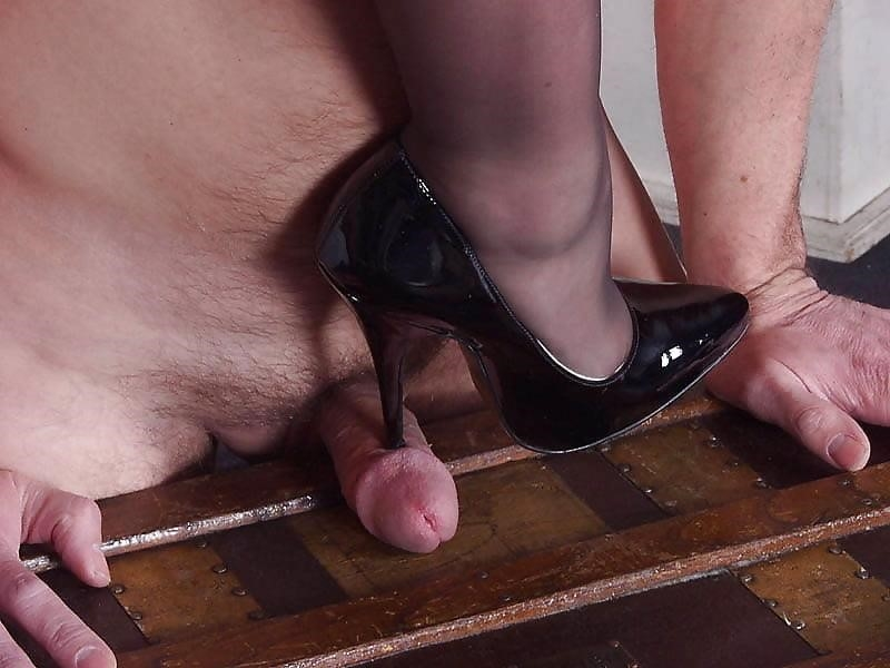 Ladies foot sex-7327