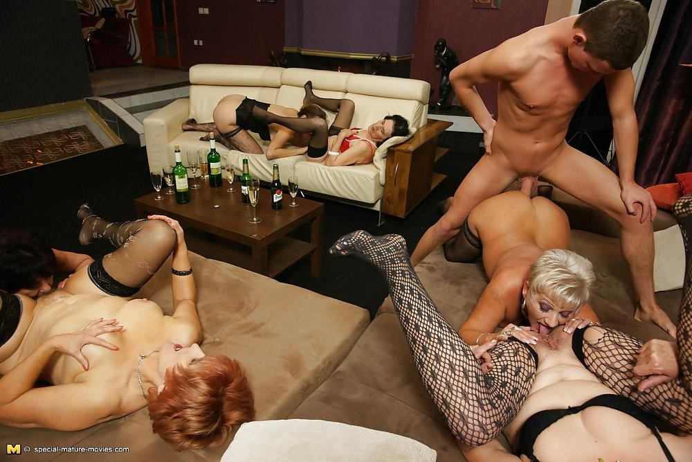 Group sex with mom-5937