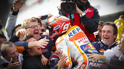 MotoGP 2017 NKpyzMWs_o