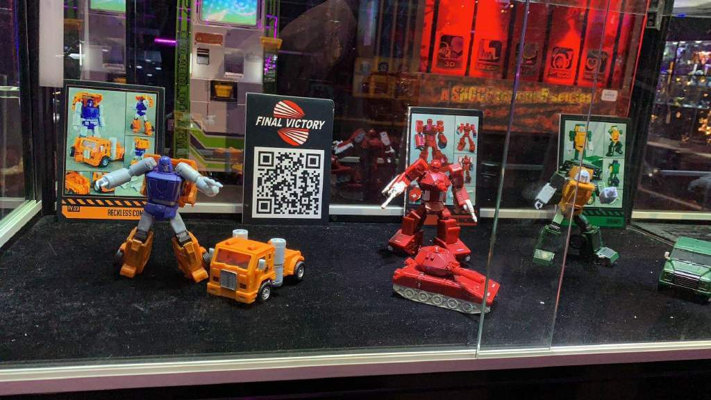 [Final Victory] Produit Tiers - Jouets Masterpiece des Minibots G1 - Brawn/Bruto, Warpath/Trajecto, Huffer/Grognon - Page 2 SAEYXdKo_o