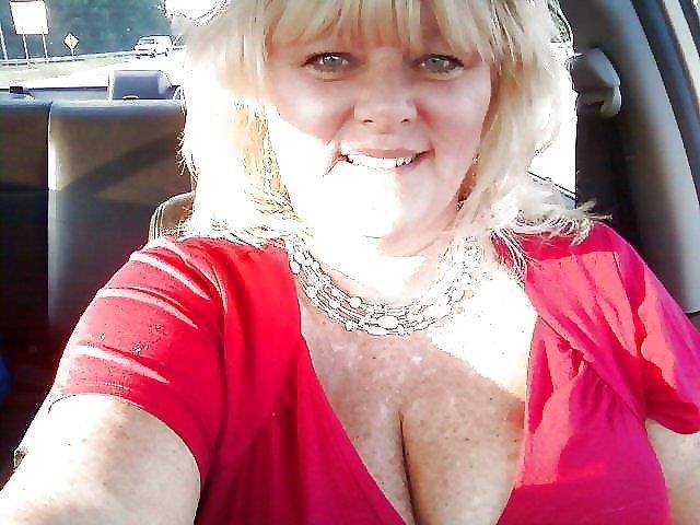 Nude granny big boobs-3313
