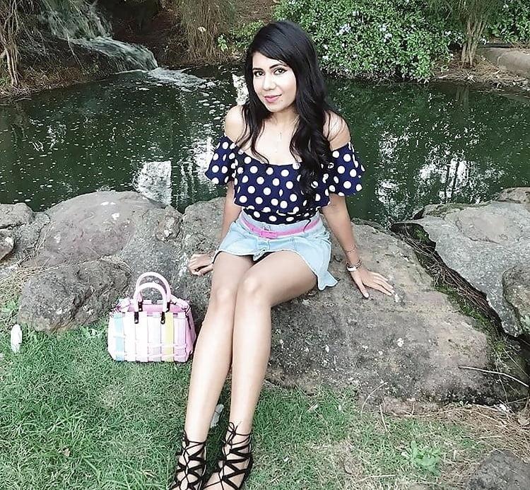 Sexy punjabi girls pic-3909