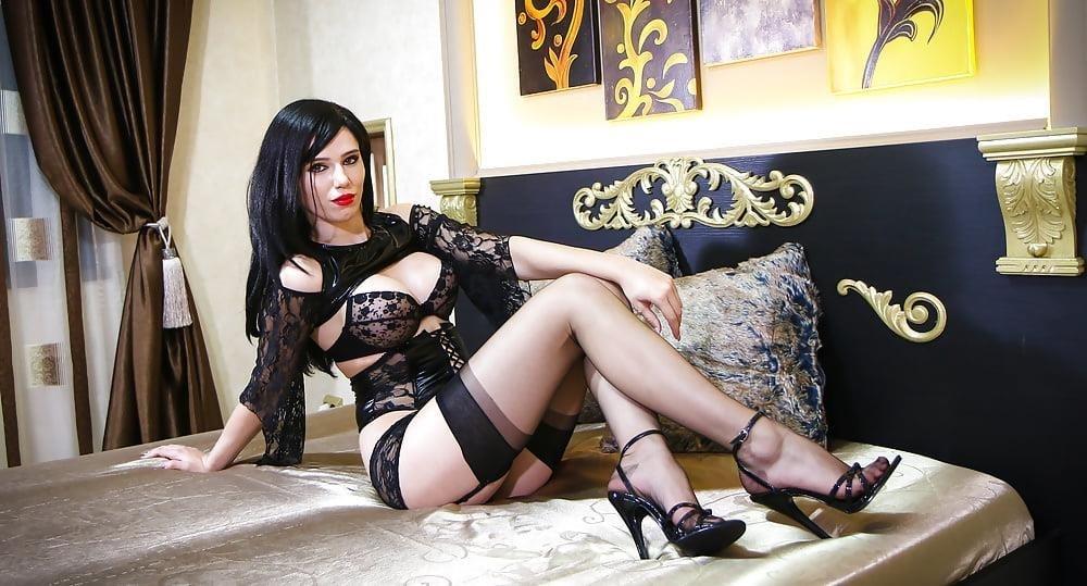 Foot nylon mistress-1592
