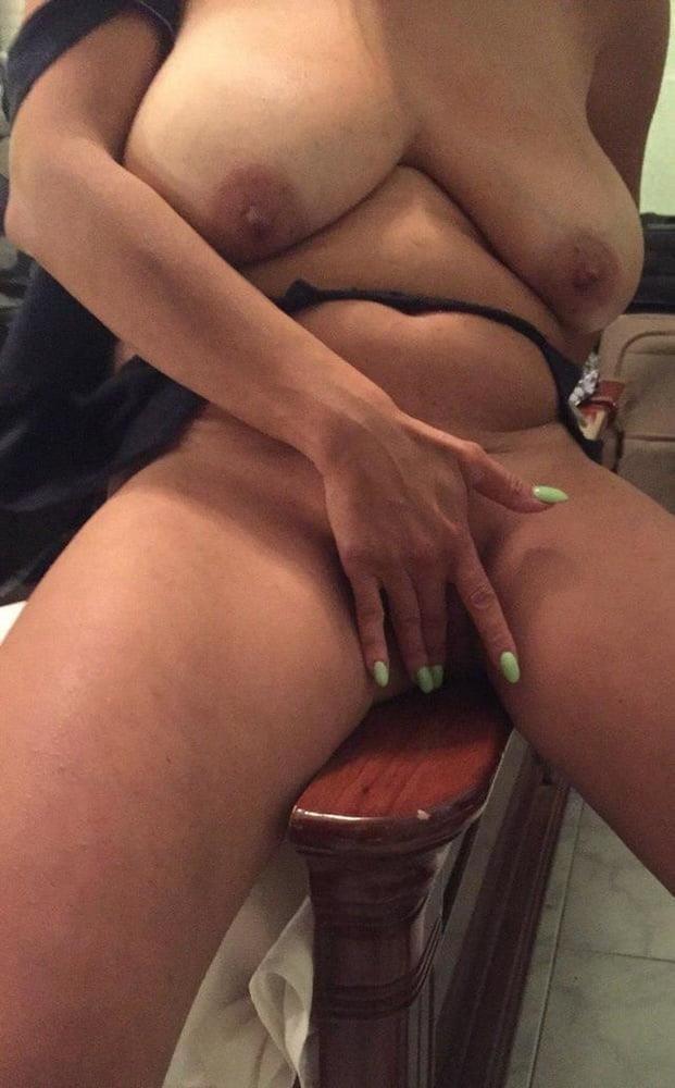 Fit milf nude pics-2819