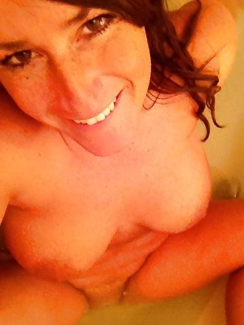 Big tit milf selfies-8927