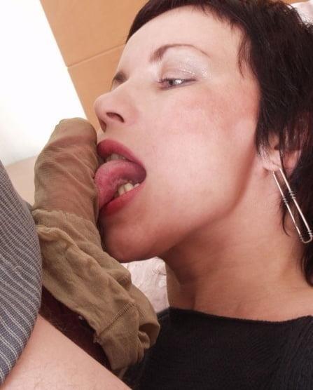 Pantyhose blowjob pics-2418