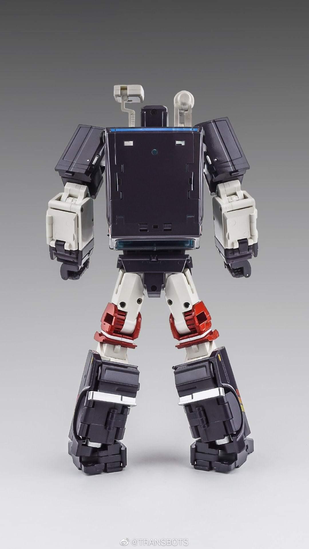 [X-Transbots] Produit Tiers - Jouet MX-VIII Aegis - aka Trailbreaker/Glouton - Page 2 IF3zCxyr_o