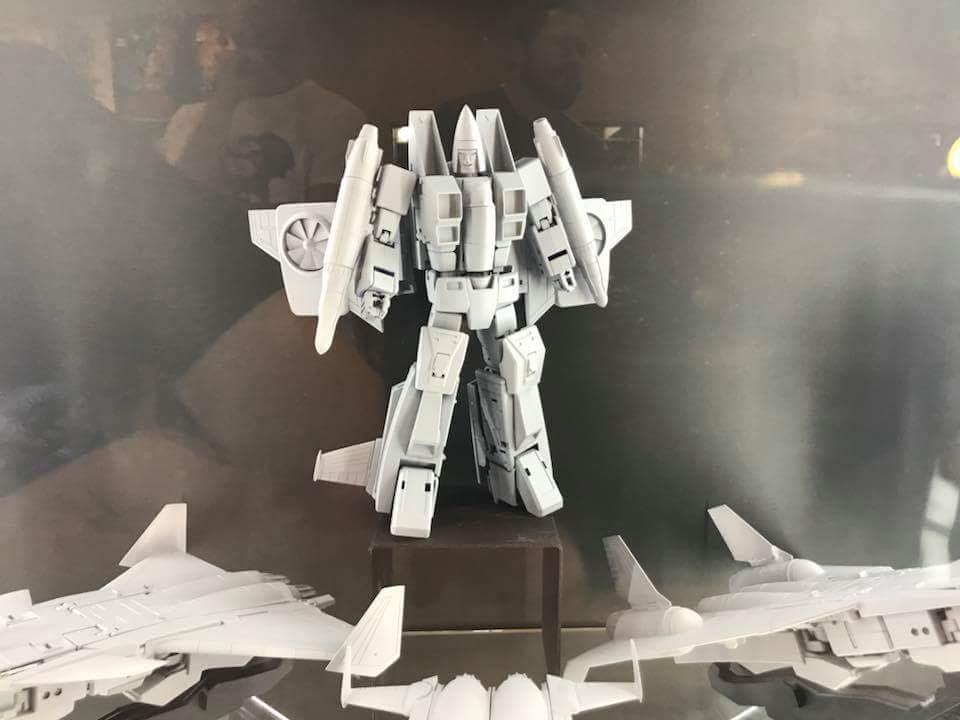 [Maketoys] Produit Tiers - Jouets MTRM-15 Endgame (aka Dirge/Funébro), MTRM-16 Jetstream (aka Thrust/Fatalo) & MTRM-17 Booster (aka Ramjet/Statoréacto) UU3uaO5J_o