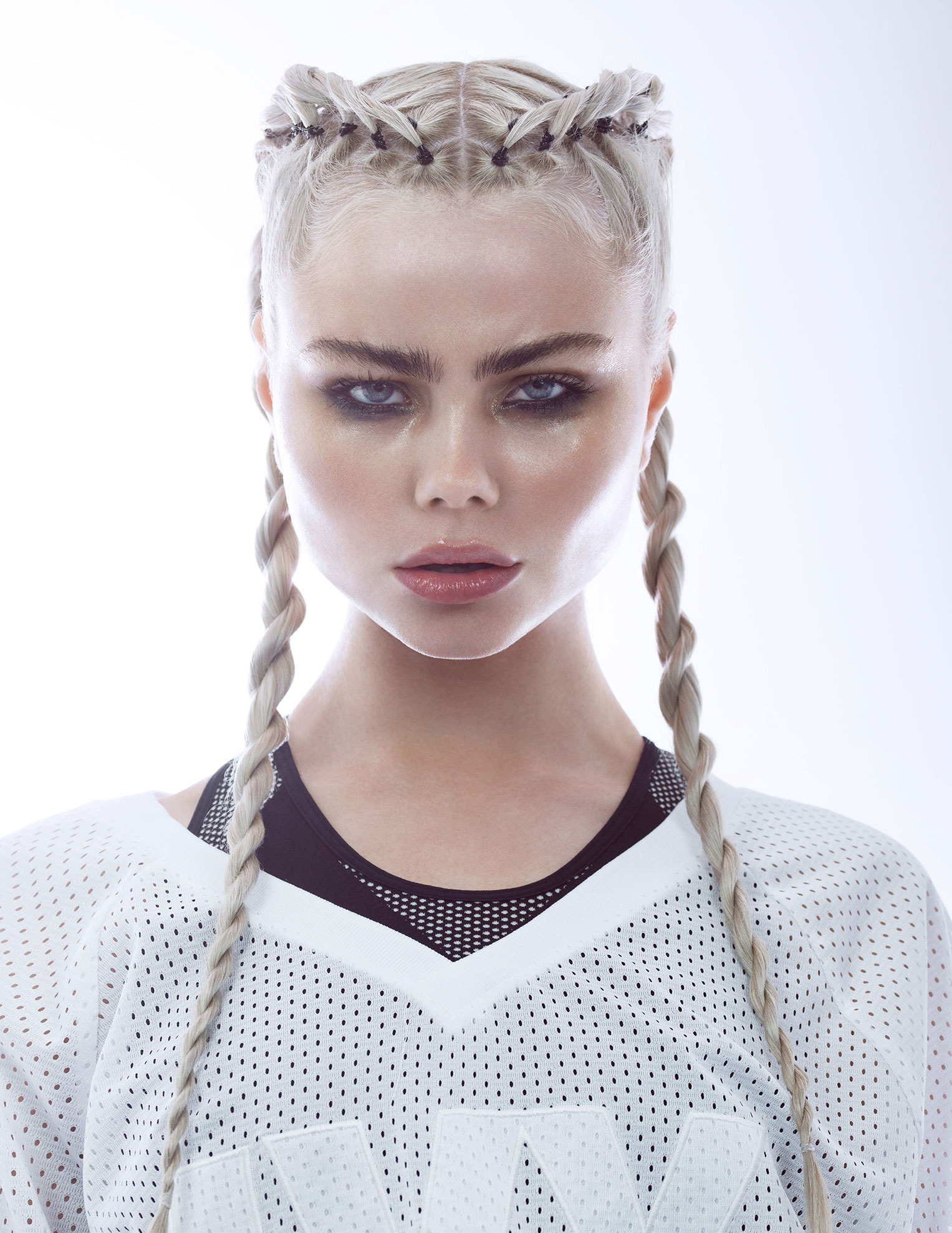 спортивная девушка Brynja Qla Guomundsdottir by Marina Dean-Francis
