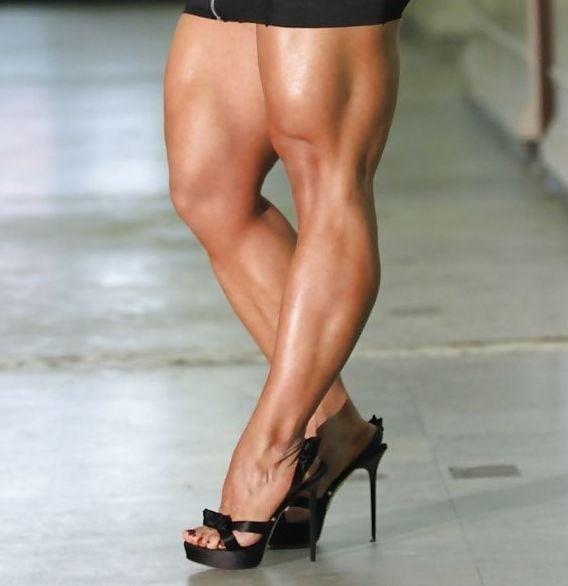 Bodybuilder female clit-6491