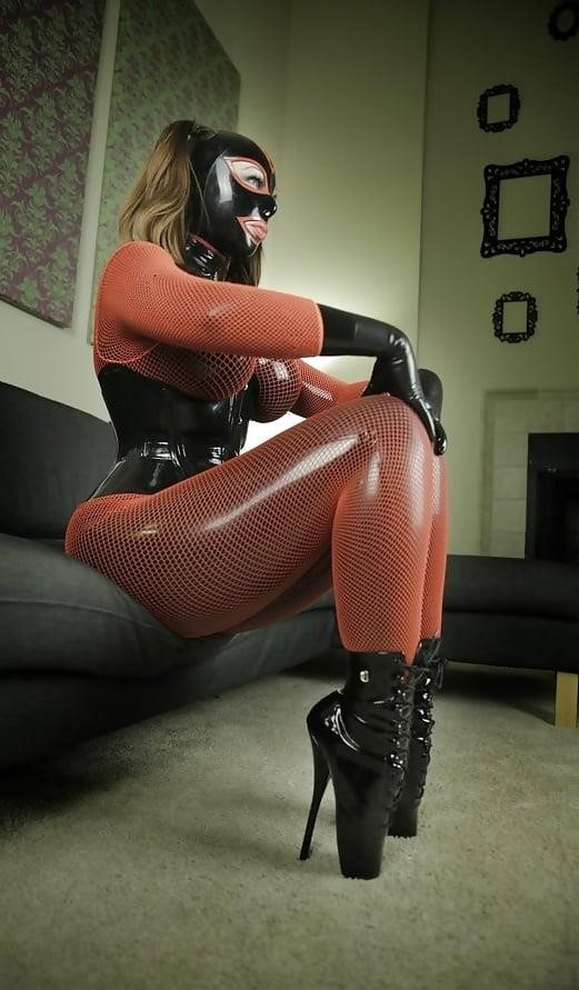 Bondage latex doll-3084