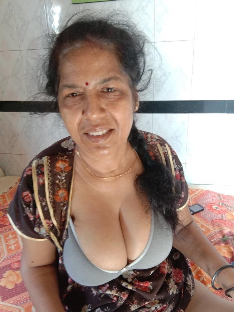Vidya ki sexy photo-3976