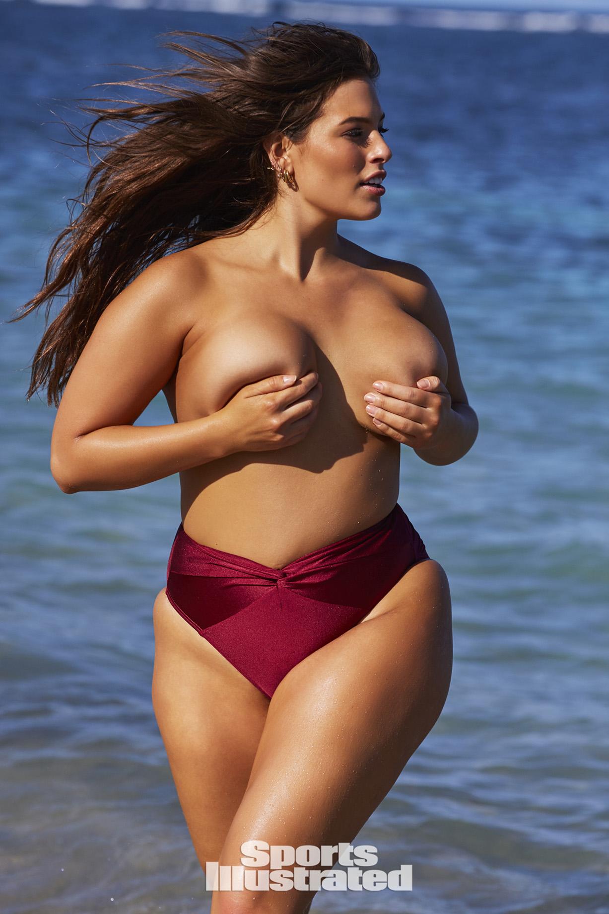 Ashley Graham / Эшли Грэм в купальниках из новой коллекции Sports Illustrated Swimsuit 2018 issue / in Nevis by Josie Clough