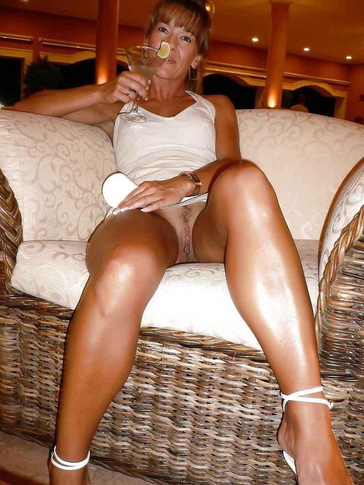 Girl milf pic-3668