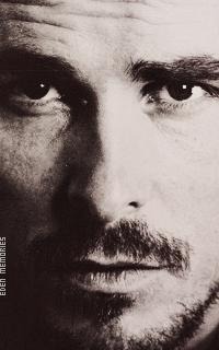 Christian Bale - Page 2 WemewVCs_o