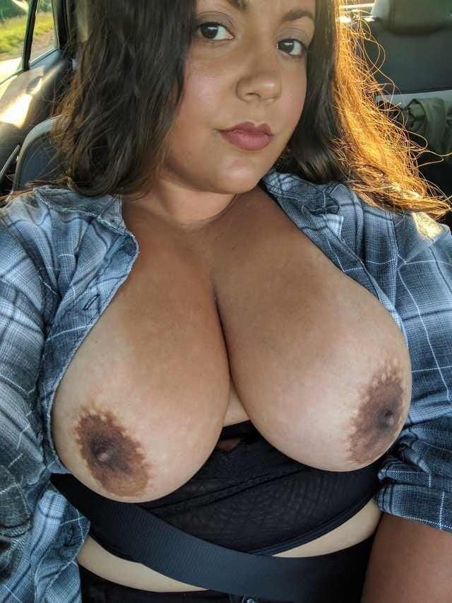 Milf big tits pics-8609