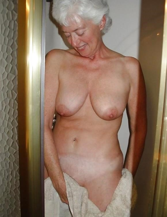 Older women nude beach-6083