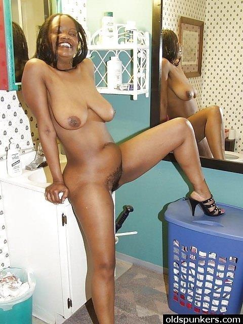 Ebony dirty soles-1090