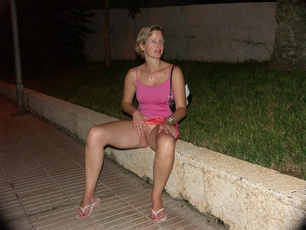Buxom mature nudes-2802