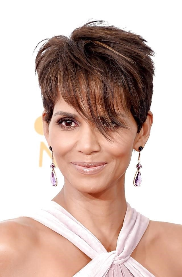 Different short hairstyles for black ladies-2063