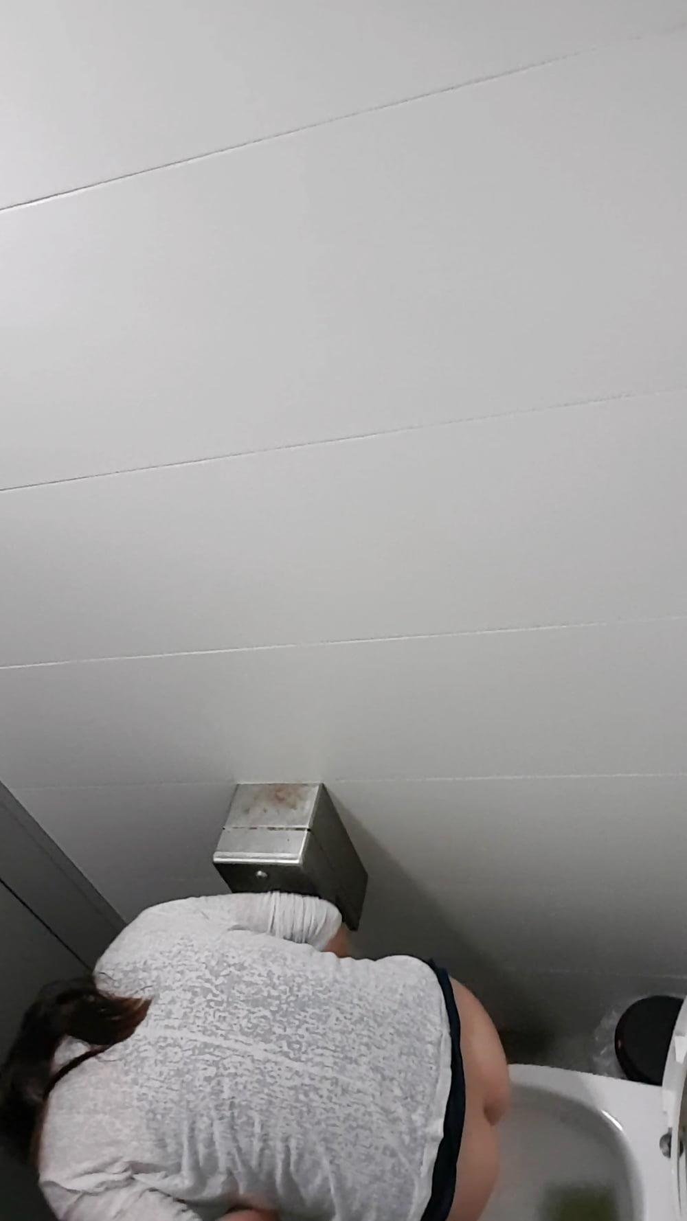 Public toilet spy cam porn-9407