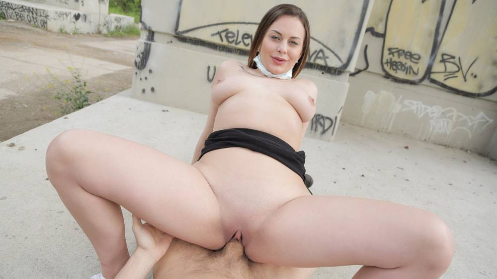 Mia Rose, Martin Gun, Erik Everhard – Face Mask Fucking with Big Boobs – Public Agent – FakeHub