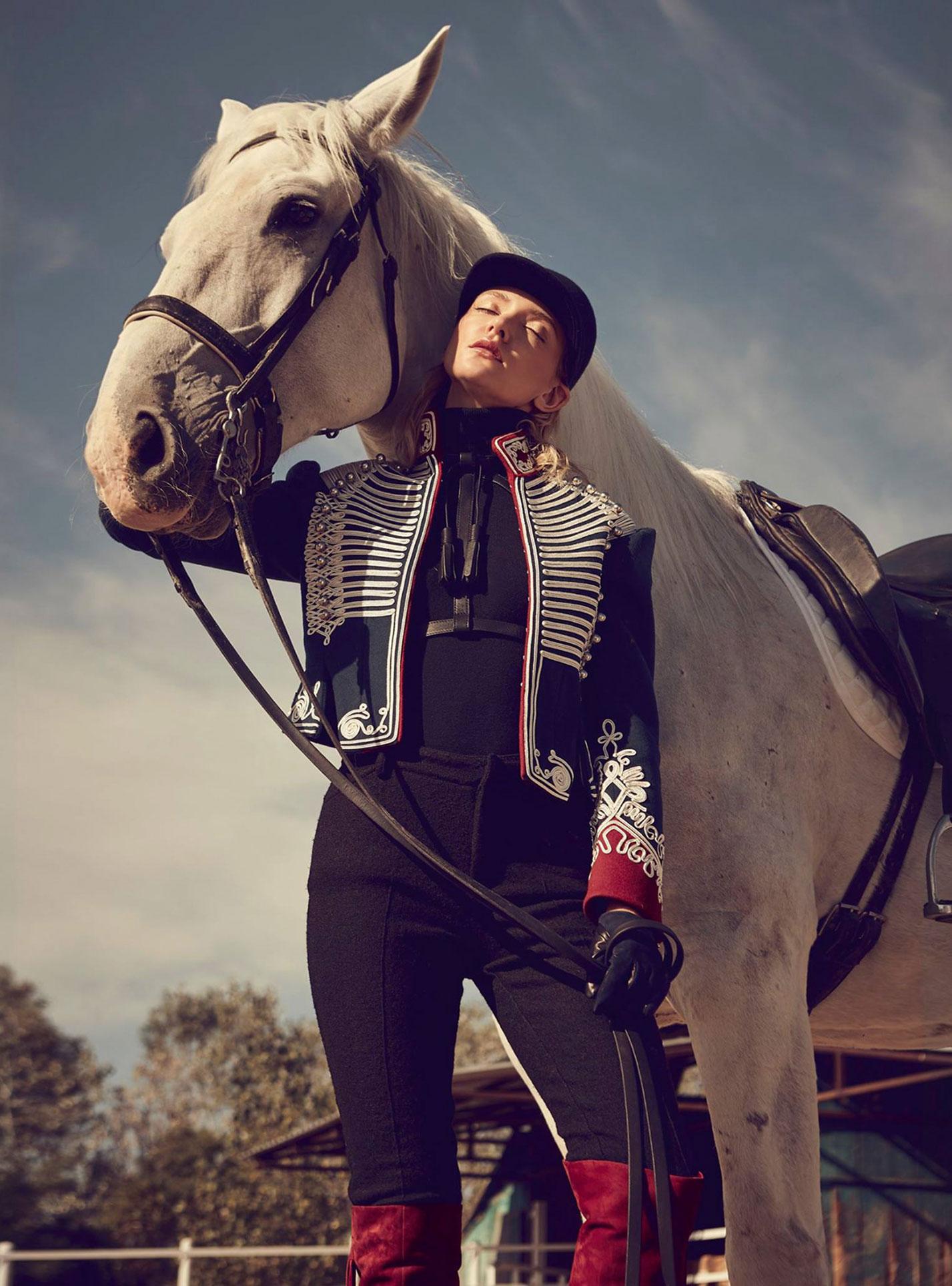 Девушка и конь / фото 07