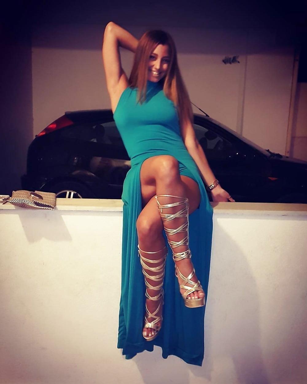 Sexy greek feet-5528